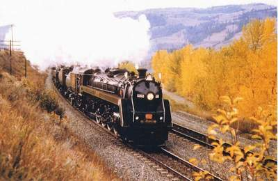 CN 6060 near Kamloops, BC. Photo submitted by Art Harris.