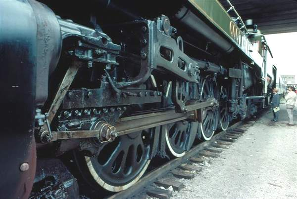 Wheels of CN 6060. Taken and submitted by Don Fraser.