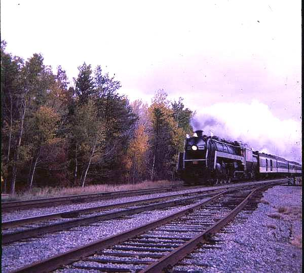 CNR 6060 in the fall